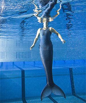 Nadya, realizó primero unas pruebas en la piscina antes de probarlo en mar abierto.