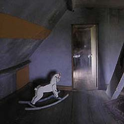 Detalle donde aparece el supuesto fantasma. Foto: Chris Sandys
