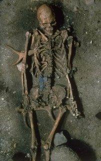 El cuerpo hallado cerca del muro