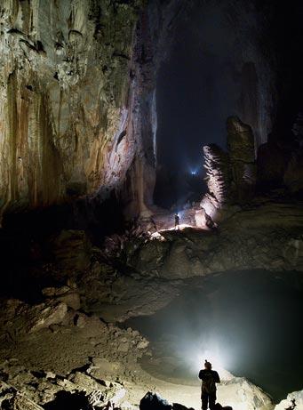 La cueva le quita el título de cueva más grande del mundo a la anterior en Borneo.