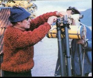 Robert Rines en una de sus investigaciones en el Lago Ness